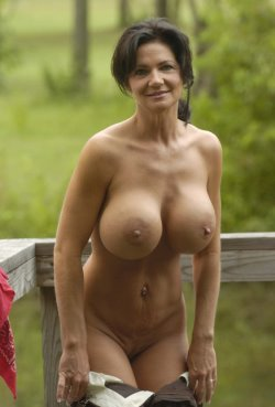 outdoor striptease